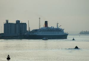 QE2 at her berth, 10 October
