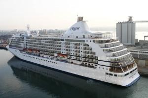 Seven Seas Voyager at Southampton