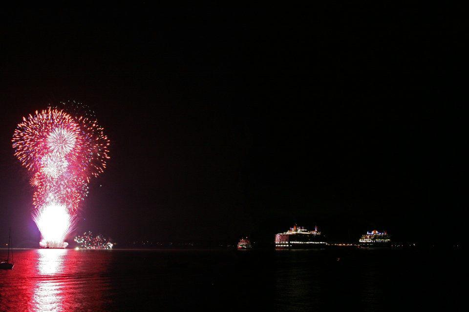 Cunard Queens starting their world cruises ...