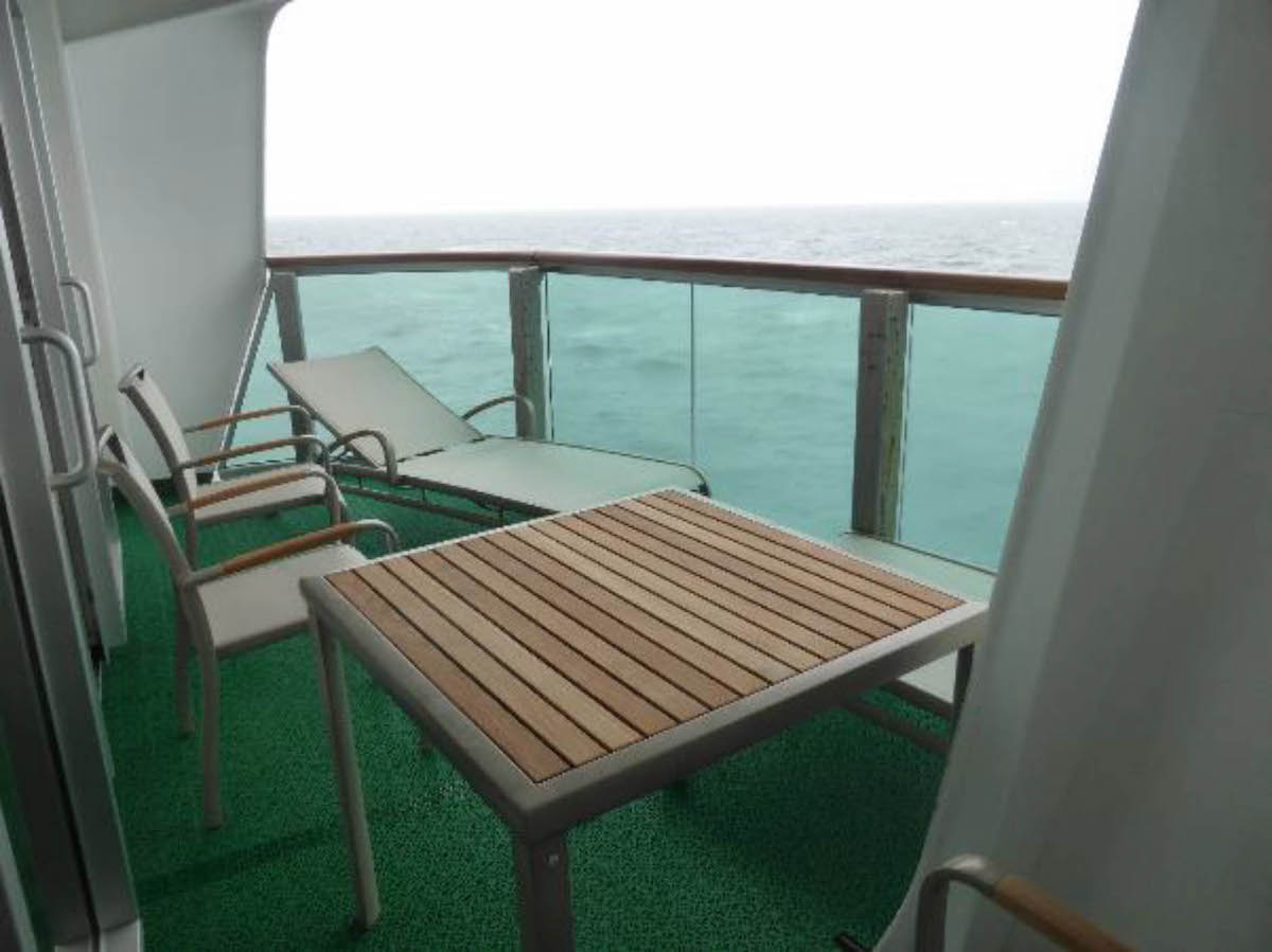 Ventura and azura balcony resource tom 39 s cruise blog for Cruise balcony