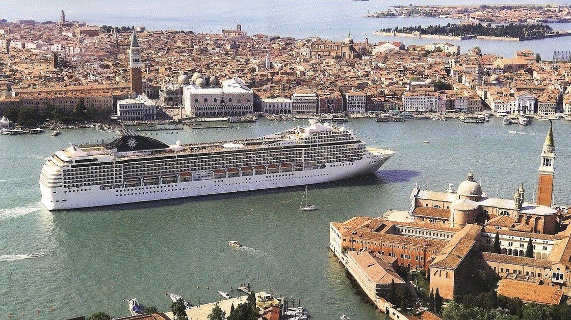 aida prima cruise route