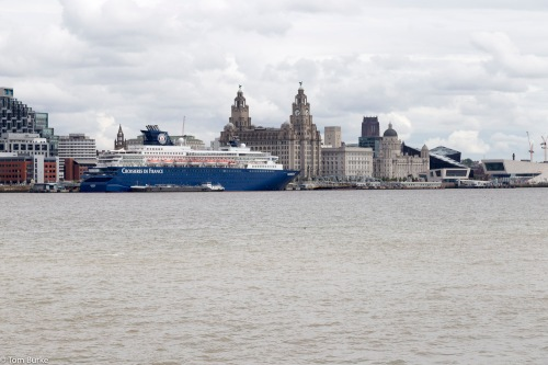 Horizon and the Liverpool waterfront